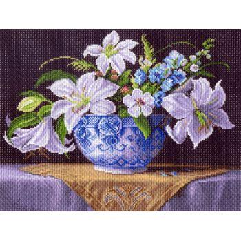 Белые лилии (37х49)